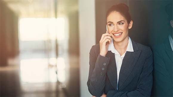 woman-on-phone-in-corridor